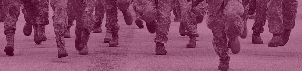 Soldaten rennen
